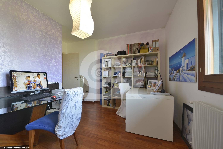 Appartamento a colloredo di monte albano tricamere for Aggiunta stanza indipendente